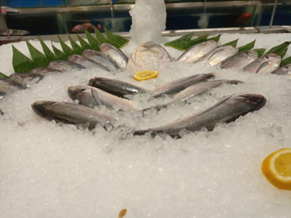 menjaga kesegaran ikan laut
